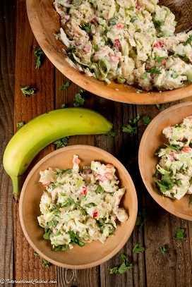Ensalada de higo verde y pescado salado