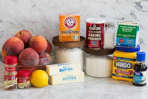 Los ingredientes necesarios para hacer el zapatero de melocotón se muestra aquí.