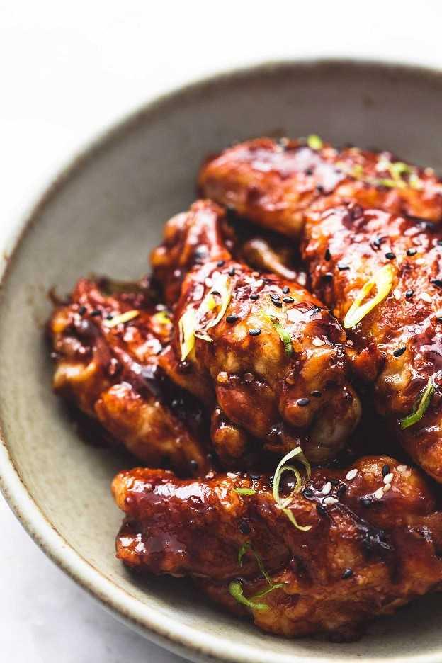 Receta de alitas de pollo a la barbacoa con salsa picante coreana lecremedelacrumb.com