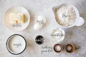 Ingredientes para hacer barras de galletas de azúcar.