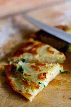 tortilla de cebolleta