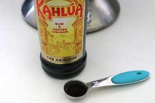 Una botella de kahlua