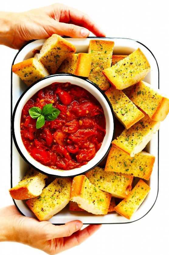 Burst Tomate Extendido Con Pan Crujiente