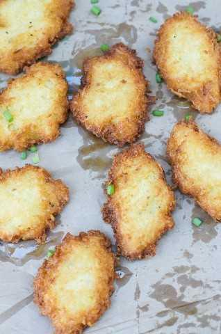 Yuca Fritters ~ Uma receita deliciosa e simples que faz um ótimo lanche, aperitivo ou guarnição para qualquer refeição!