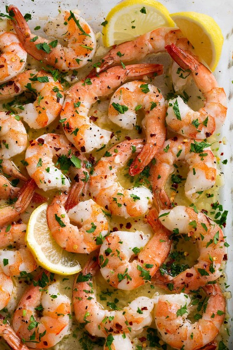Ciérrese encima de la imagen del camarón cocido al horno en plato de la hornada.