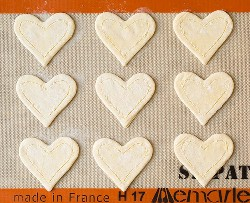 Pasteles de desayuno de queso crema y fresa en forma de corazón | Cocina con clase