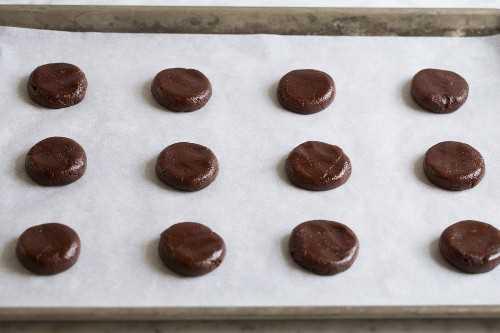 Mostrando cómo hacer galletas de menta de los Andes
