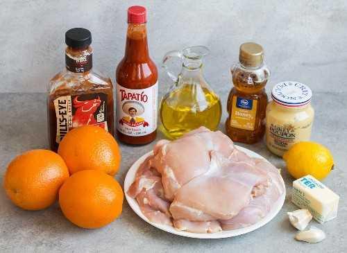 ingredientes pollo a la parrilla naranjas salsa barbacoa salsa picante aceite de oliva miel dijon mostaza mantequilla de limón ajo muslos de pollo