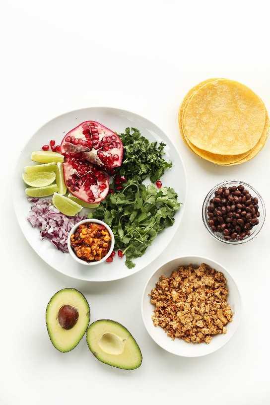 Ingredientes para hacer tacos de desayuno vegano