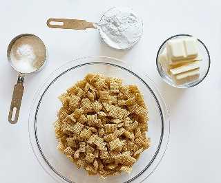 Ingredientes para el pudín de plátano Puppy Chow