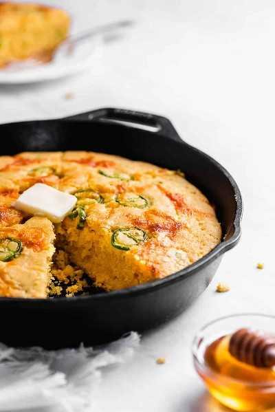 pan de maíz jalapeño