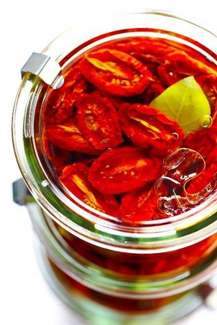 Tomates secados al sol en tarros Weck
