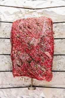 La carne asada de los amantes del ajo es la receta favorita de carne asada de mi familia, tan sabrosa y cargada de ajo como su nombre lo indica.