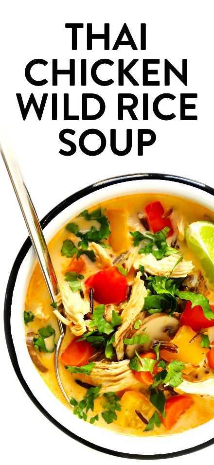 Receta tailandesa de sopa de pollo y arroz