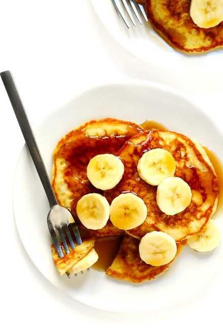 Receta de panqueques de suero de leche con plátanos