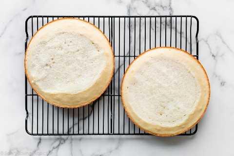 pasteles blancos nivelados