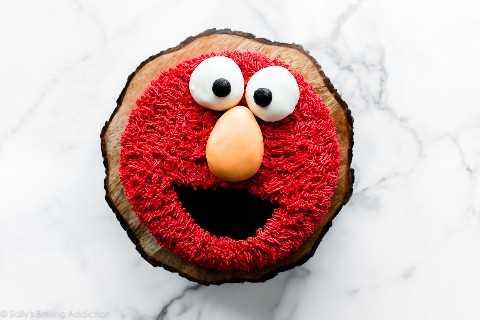 pastel de elmo
