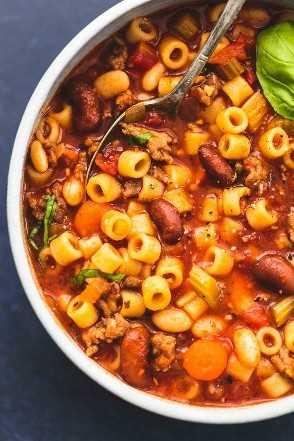Sopa instantánea de pasta y fagioli