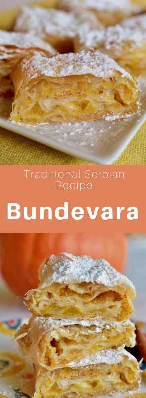 El bundevara es un pastel tradicional serbio preparado con láminas de filo rellenas de calabaza que se hornean. #Serbia #SerbianRecipe #SerbianCuisine #Balkans #WorldCuisine # 196flavors
