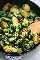 Receta de coles de Bruselas salteadas acompañamiento fácil con parmesano y ajo | lecremedelacrumb.com