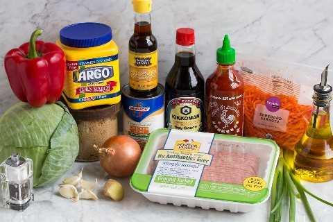 Imagen de ingredientes que entran en la receta de Rollitos de Huevo en un Tazón.