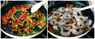 Los pimientos rojos y verdes picados y cortados en cubitos se saltean en una sartén y luego se agregan los camarones para saltear.