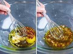 Um molho de suco de limão, óleo e alho para uma receita de asas de frango assadas.