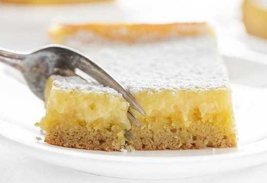 Tenedor De Corte De Limón Ooey Gooey Cake