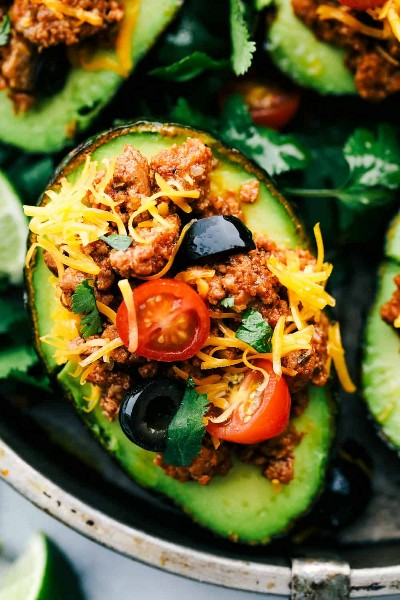 Abacate Recheado com Taco de Peru | O crítico de receitas