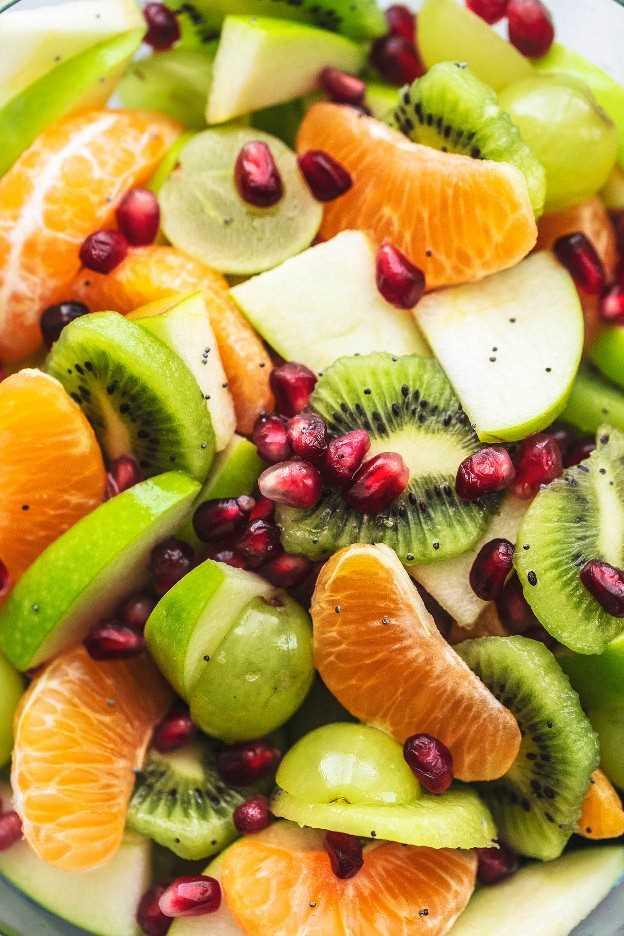 Receta fácil de ensalada de frutas de invierno | lecremedelacrumb.com