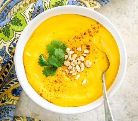 sopa de cacahuate vegana y dulce de papa