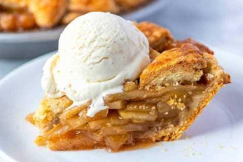 Pastel de manzana a la moda (con helado)