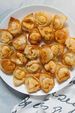 Jalapeño Popper Fried Wontons
