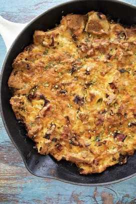 sartén de desayuno de panecillos ingleses horneados