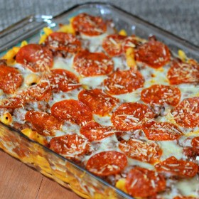 This easy pizza casserole recipe is a family treat! An easy casserole recipe. Also, this pasta and pizza casserole is an easy food to freeze. Try it out today!