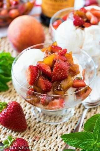 Fresas Balsámicas Maceradas y Melocotones