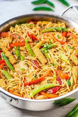 Easy Sweet & Sour Asian Noodles - So much flavor in these easy noodles that are ready in 30 minutes! Many vegetables add a great crunch! You won't miss out on takeaway food when homemade food tastes much better and is healthier!