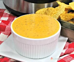 "¡Instant Pot Mexican Queso es perfecto para el día del juego o tu próxima fiesta! ¡A todos les encantará esta salsa cursi llena de carne de res sazonada, chiles y tomates! ""Width ="" 600 ""height ="" 500 ""srcset ="" https://www.lovebakesgoodcakes.com/wp-content/uploads/2018/10/ IP-Mexican-Queso-3a.jpg 600w, https://www.lovebakesgoodcakes.com/wp-content/uploads/2018/10/IP-Mexican-Queso-3a-300x250.jpg 300w ""tamaños ="" (max- ancho: 600 px) 100 vw, 600 px ""data-jpibfi-post-excerpt ="" ""data-jpibfi-post-url ="" https://www.lovebakesgoodcakes.com/instant-pot-mexican-queso/ ""data-jpibfi- post-title = ""Instant Pot Mexican Queso"" data-jpibfi-src = ""https://juegoscocinarpasteleria.org/wp-content/uploads/2020/02/1580859905_241_Instant-Pot-Mexican-Queso.jpg"