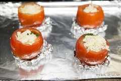 Huevos al horno en tomates de thelittlekitchen.net