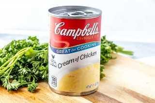 Creme de campbells de sopa de galinha foto