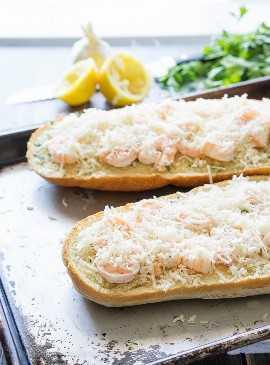 """Camarones Scampi Pizza de pan con ajo """"width ="""" 675 """"height ="""" 913 """"srcset ="""" https://juegoscocinarpasteleria.org/wp-content/uploads/2020/02/1580931847_936_Camarones-Scampi-Pan-De-Ajo-Pizza.jpg 675w, https://iwashyoudry.com/wp-content/uploads/2015/09/Shrimp-Scampi-Garlic-Bread-Pizza-8-600x812.jpg 600w, https://iwashyoudry.com/wp-content/uploads /2015/09/Shrimp-Scampi-Garlic-Bread-Pizza-8-18x24.jpg 18w, https://iwashyoudry.com/wp-content/uploads/2015/09/Shrimp-Scampi-Garlic-Bread-Pizza- 8-27x36.jpg 27w, https://iwashyoudry.com/wp-content/uploads/2015/09/Shrimp-Scampi-Garlic-Bread-Pizza-8-35x48.jpg 35w """"tamaños ="""" (ancho máximo: 675px) 100vw, 675px"""