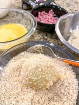 croquetas de jamón con pan rallado