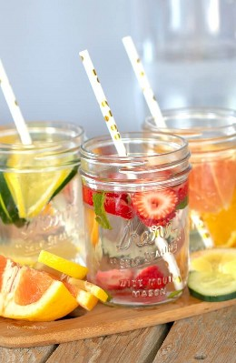 Fruit-infused water is a delicious way to stay hydrated and provide your body with detox and cleanse benefits. Plus it looks beautiful too!
