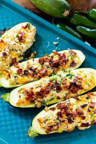 Jalapeño Popper Zucchini Recheado