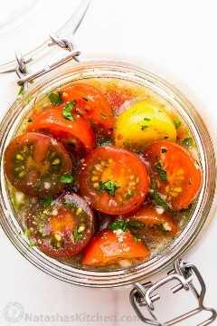 Tomates marinados italianos con aderezo italiano para la mejor receta de tomates cherry