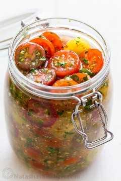 Cuánto tiempo para marinar los tomates para tomates cherry marinados en el refrigerador en aderezo italiano
