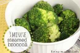 3 minutos de brócoli al vapor en microondas