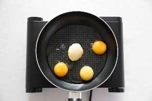 Cómo hacer los mejores huevos revueltos en tostadas Proceso Shot 1