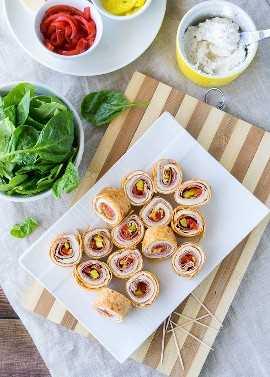"""Estes cata-ventos italianos picantes super saborosos são um lanche fantástico ou perfeito para almoços escolares! """"Width ="""" 675 """"height ="""" 944 """"srcset ="""" https://iwashyoudry.com/wp-content/uploads/2016/09/Italian- Pinwheels-5.jpg 675w, https://iwashyoudry.com/wp -content / uploads / 2016/09 / Italian-Pinwheels-5-600x839.jpg 600w """"size ="""" (largura máxima: 675px) 100vw, 675px"""
