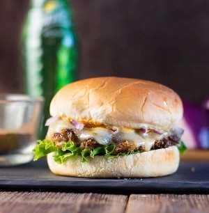 Jamaican Jerk Pork Burger